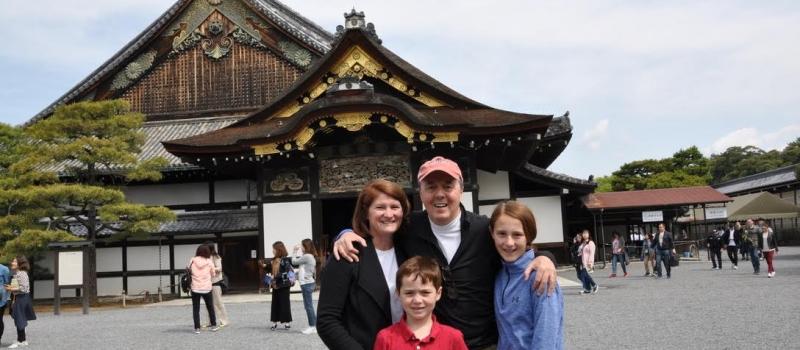 Family in front of pagoda